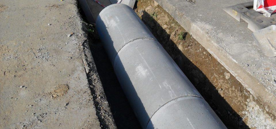 Odvodňovací kanál - koryto