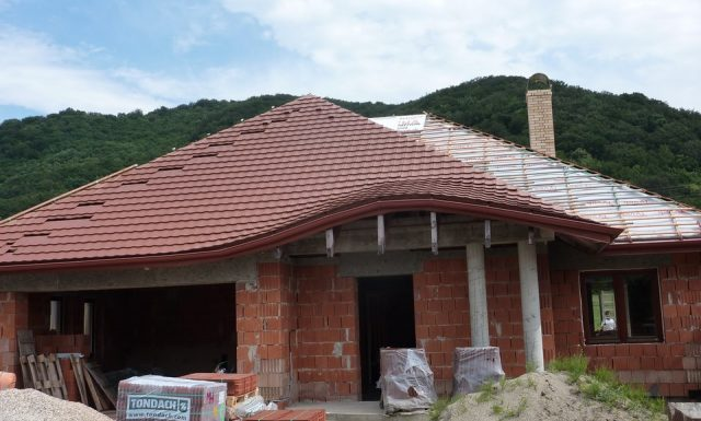 Rodinný dom Humenné Strecha